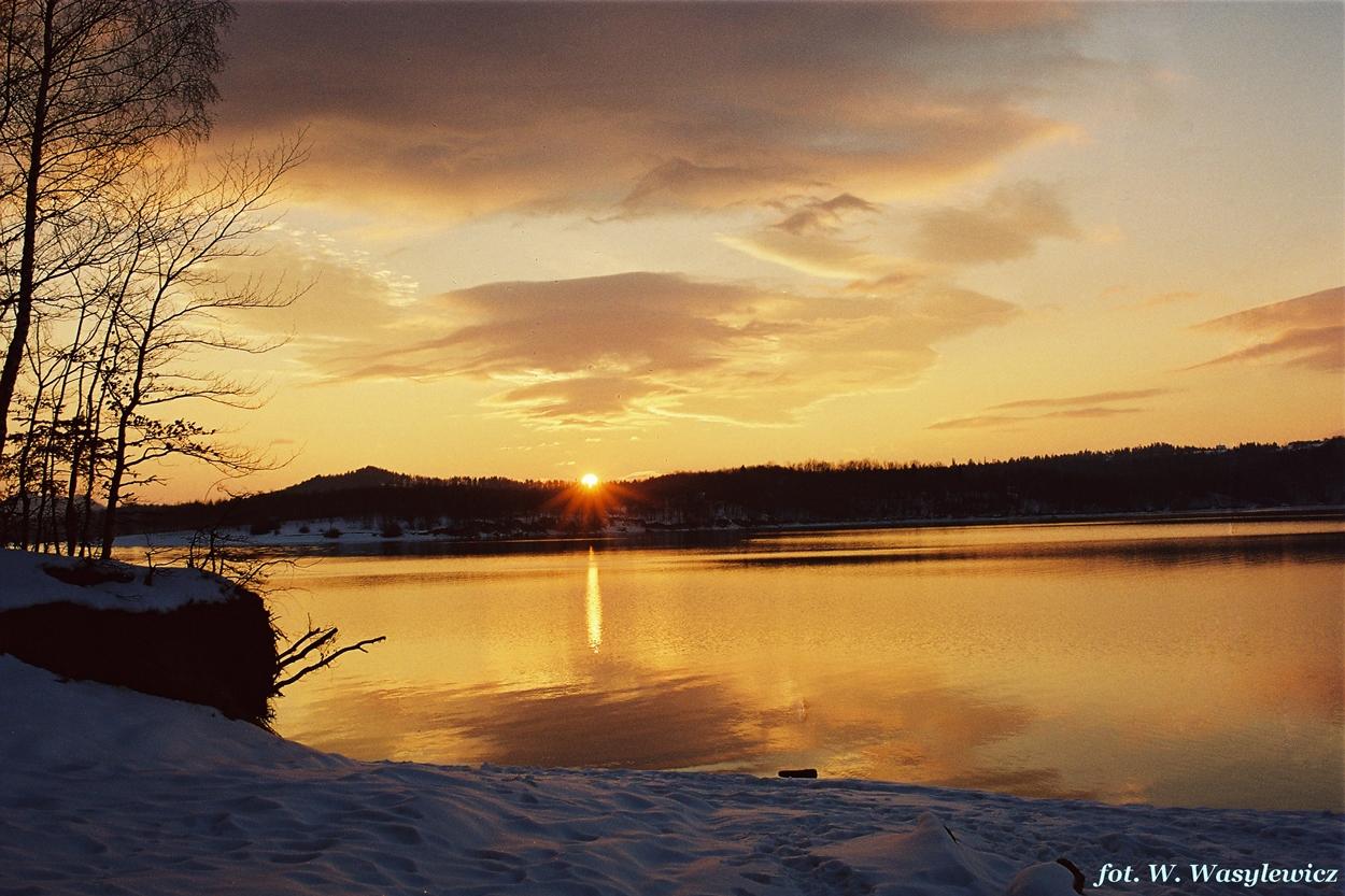 1. Jezioro Solinskie o wschodzie